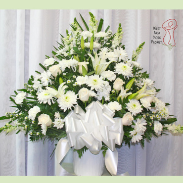 White Elegance Basket